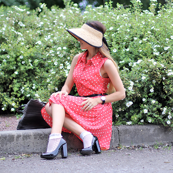 lucine blogger red dotted dress