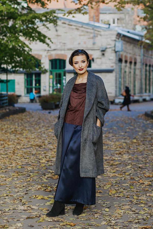 gray oversize coat