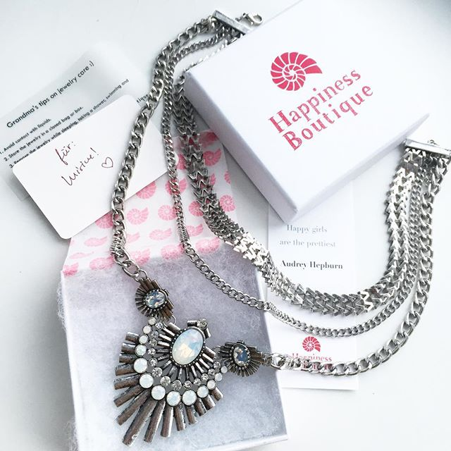 happiness boutique silver necklace