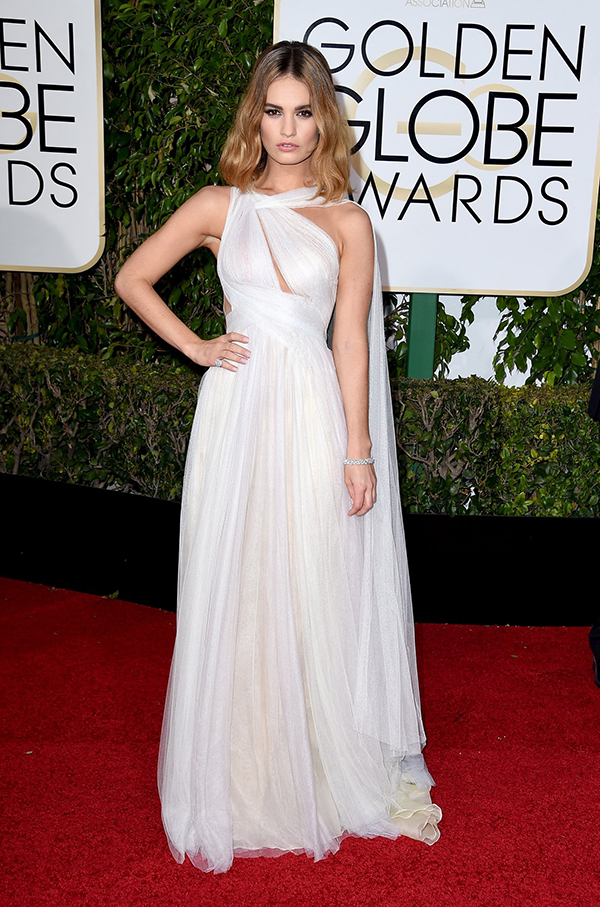 blog lily-james-golden-globes-2016 marchesa