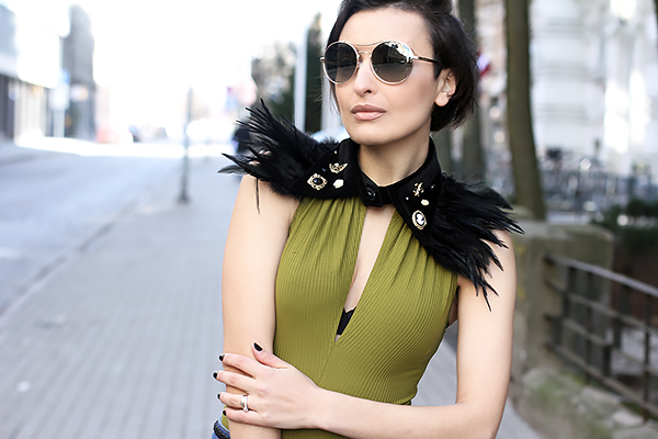 Feather necklace 4