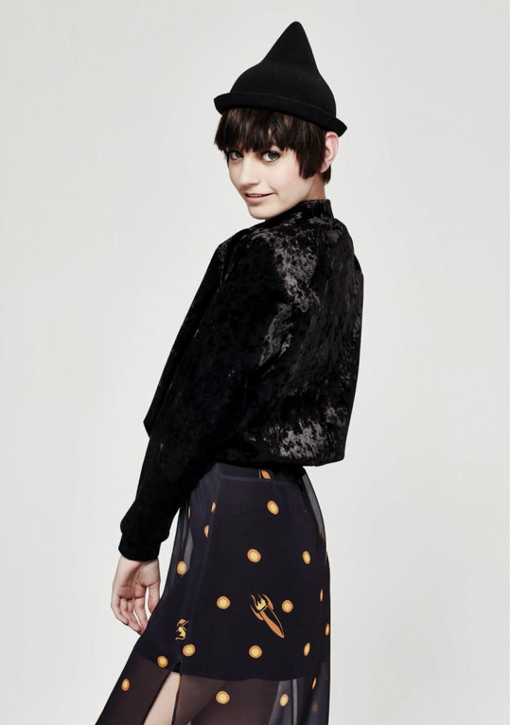 Over-The-Top-top-Bat-Your-Lashes-skirt-750x1065