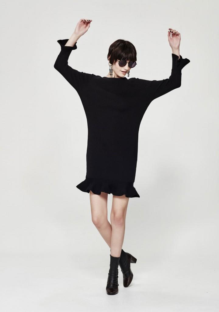 Ripple-Effect-dress-black-750x1066