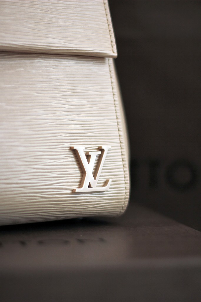 LV bag Cluny MM 3