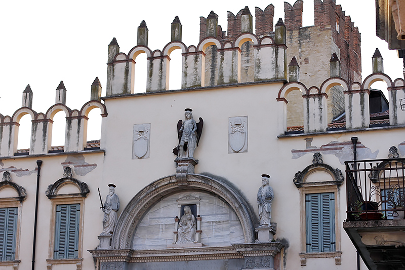 Lucines Blog Verona summer Historic architecture in Verona