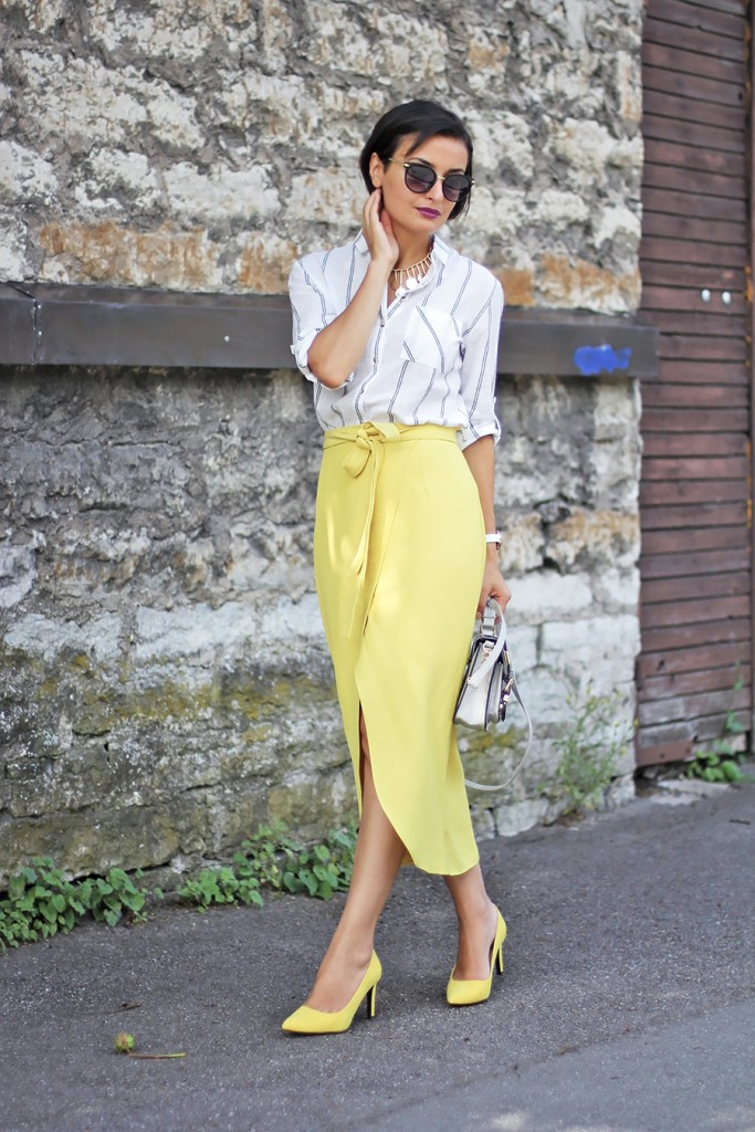 Yellow skirt white shirt 1