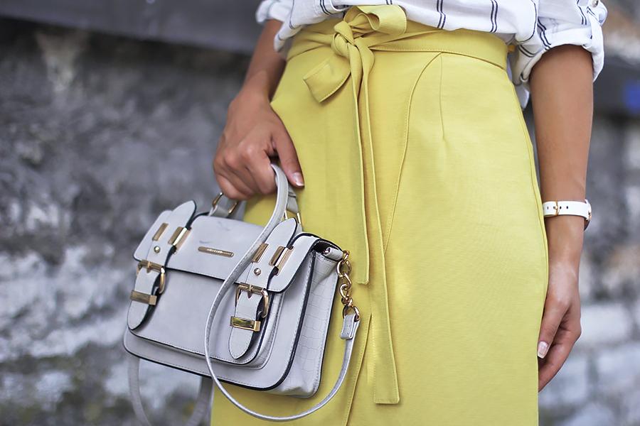 Yellow skirt white shirt 4