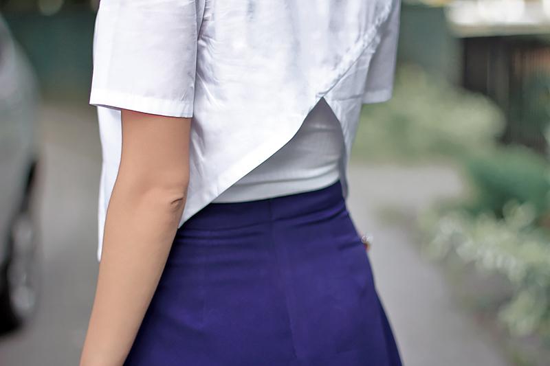 blue-skirt-red-pumps-4