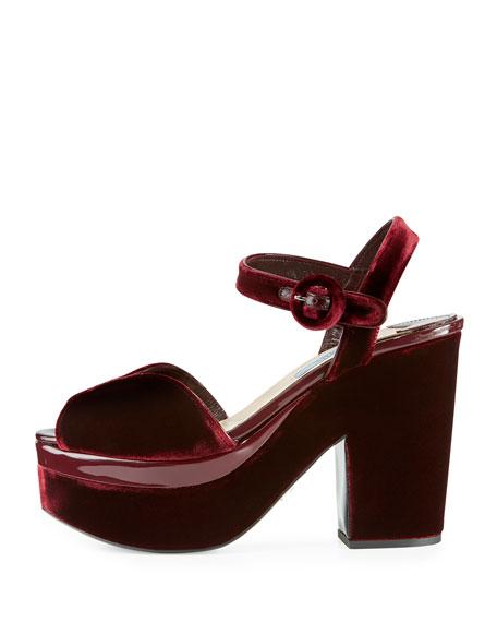 Prada sandals 827€