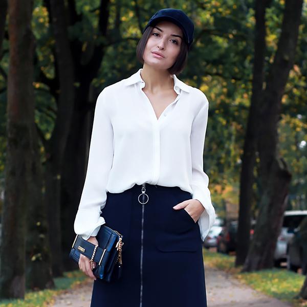 blue-outfit-cap