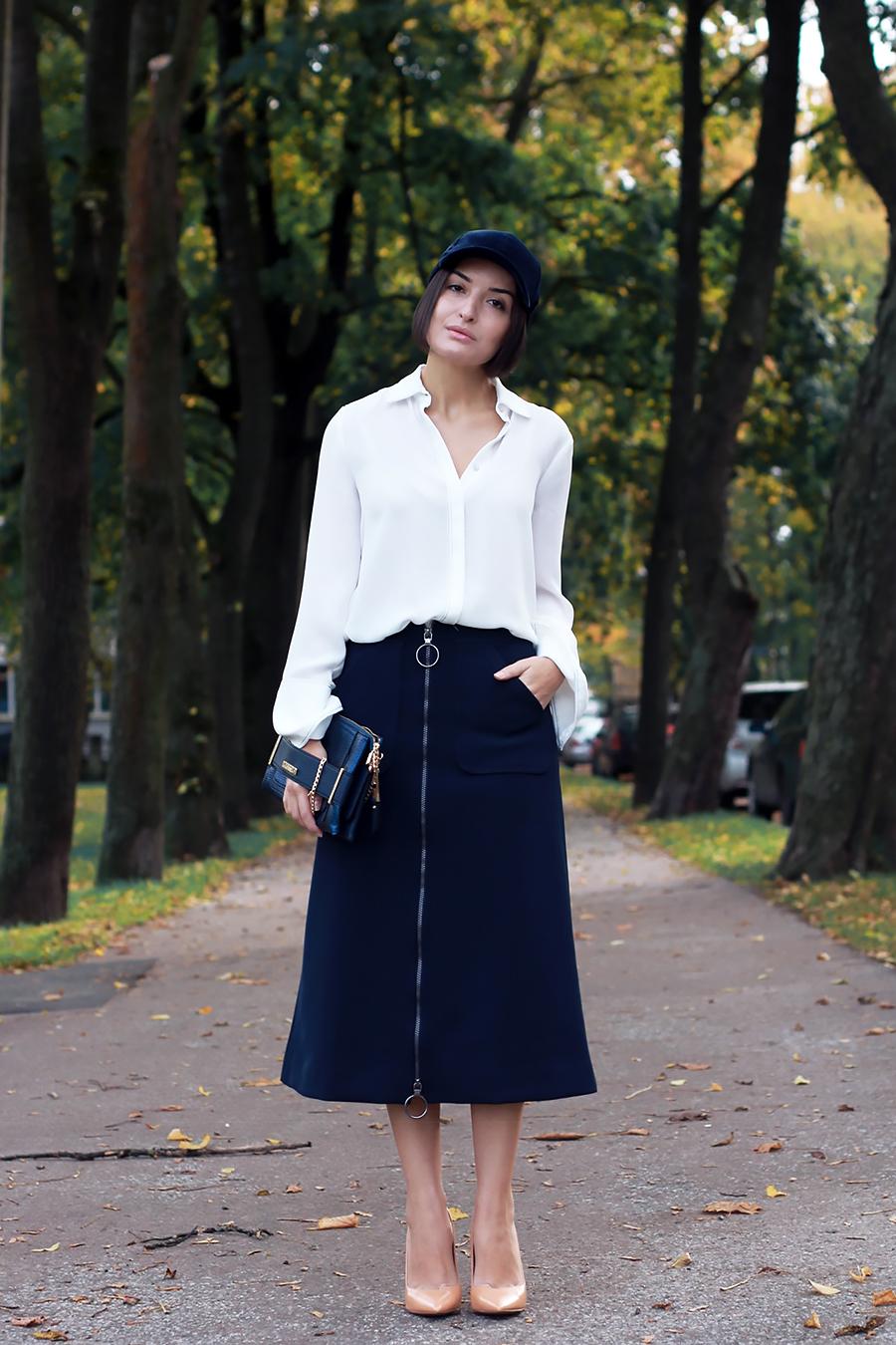 blue-outfit-cap-5