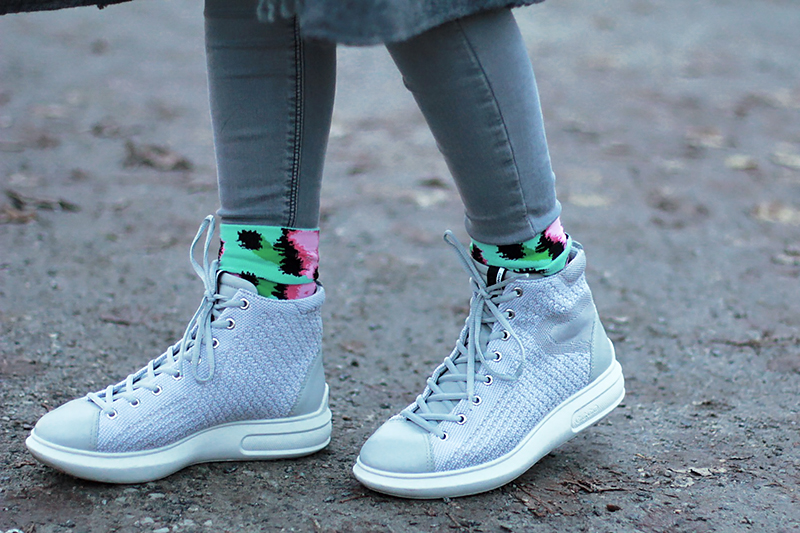 ecco-gray-boots-3