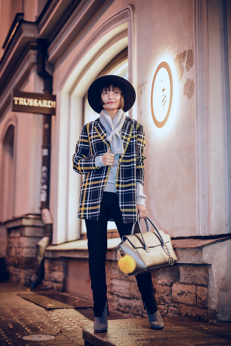 trussardi-yellow-5