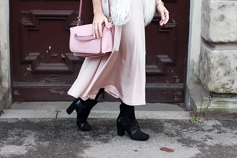 furry-baby-pink-3