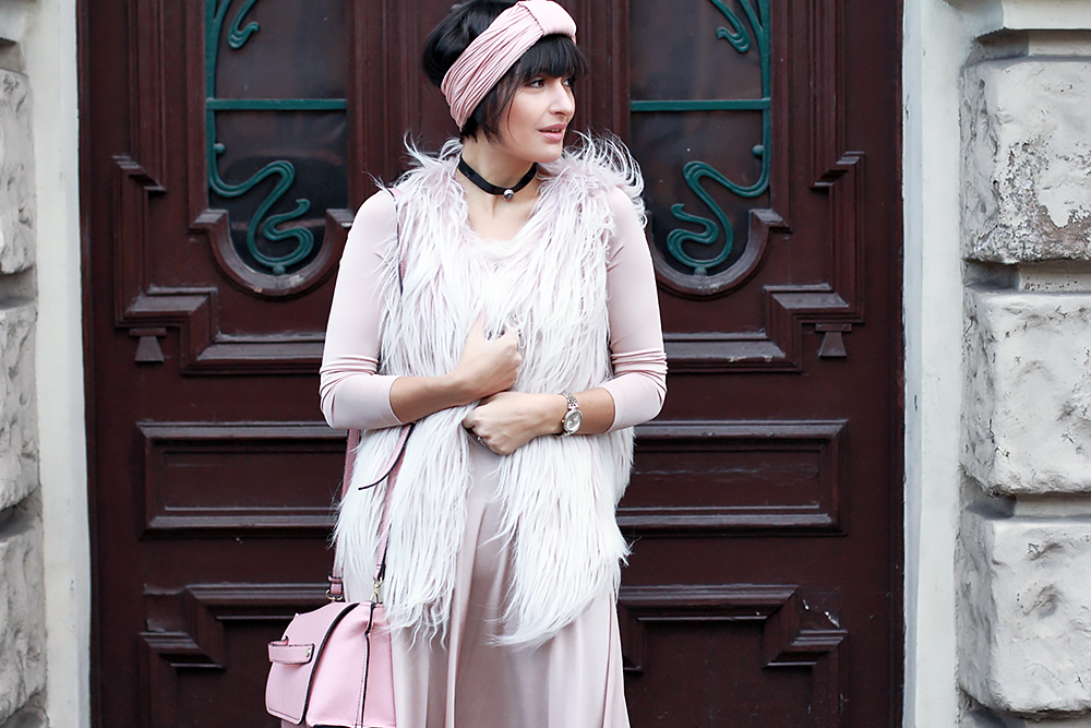 furry-baby-pink-4
