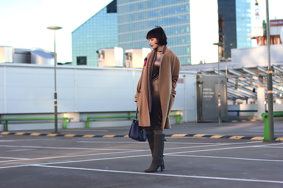 rooftop-camel-coat-2