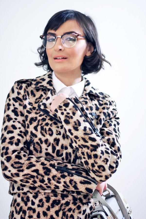 Leopard suit set 3b