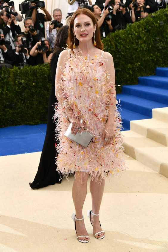 Julianne Moore in Calvin Klein By Appointment and Chopard jewelry