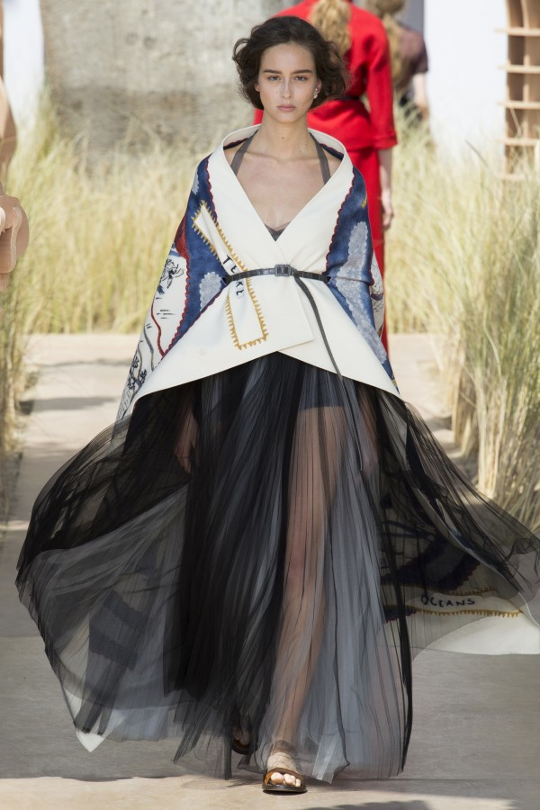 FALL 2017 COUTURE Christian Dior9