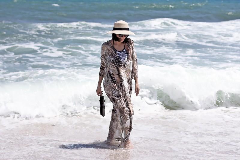H&M beach outfit 8