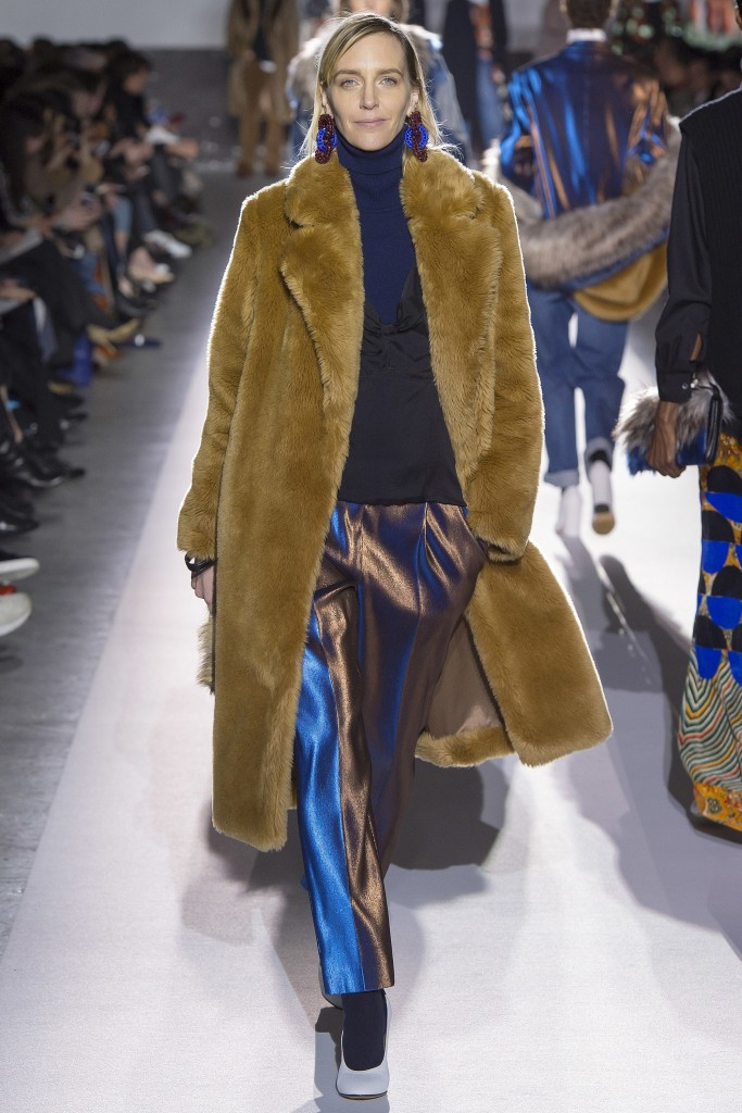 FALL 2017 READY-TO-WEAR Dries Van Noten
