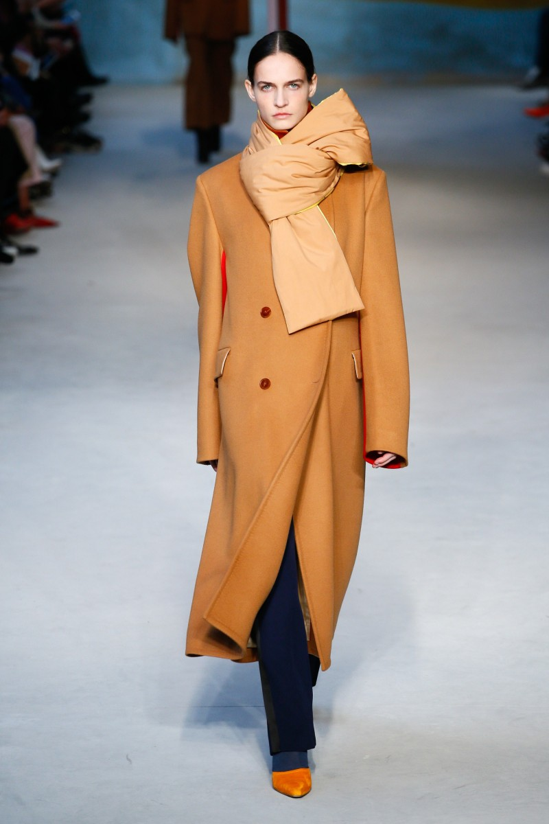 FALL 2018 READY-TO-WEAR Roksanda 1