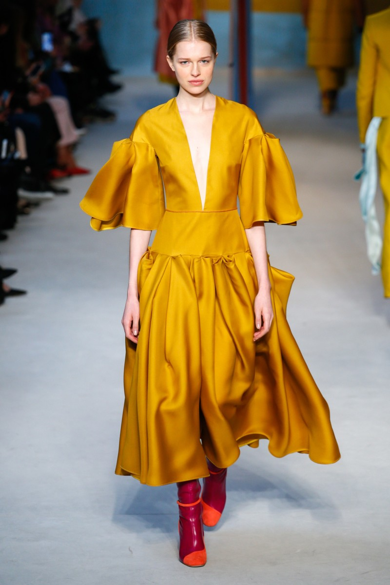 FALL 2018 READY-TO-WEAR Roksanda12
