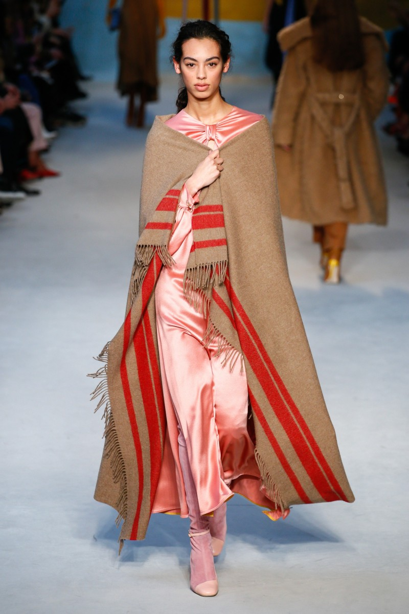FALL 2018 READY-TO-WEAR Roksanda8