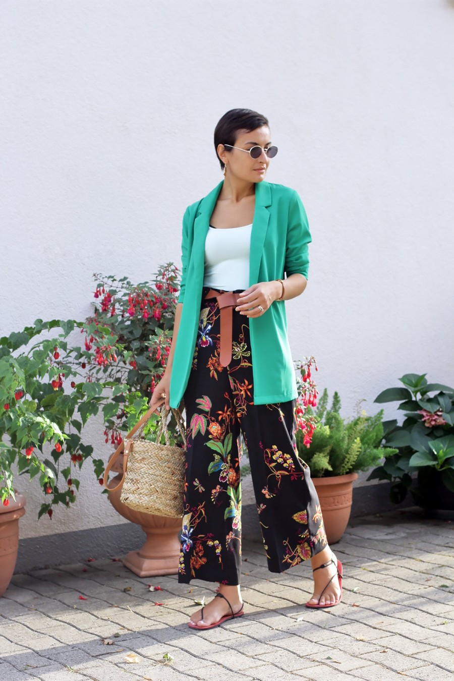 Green blazer look 5