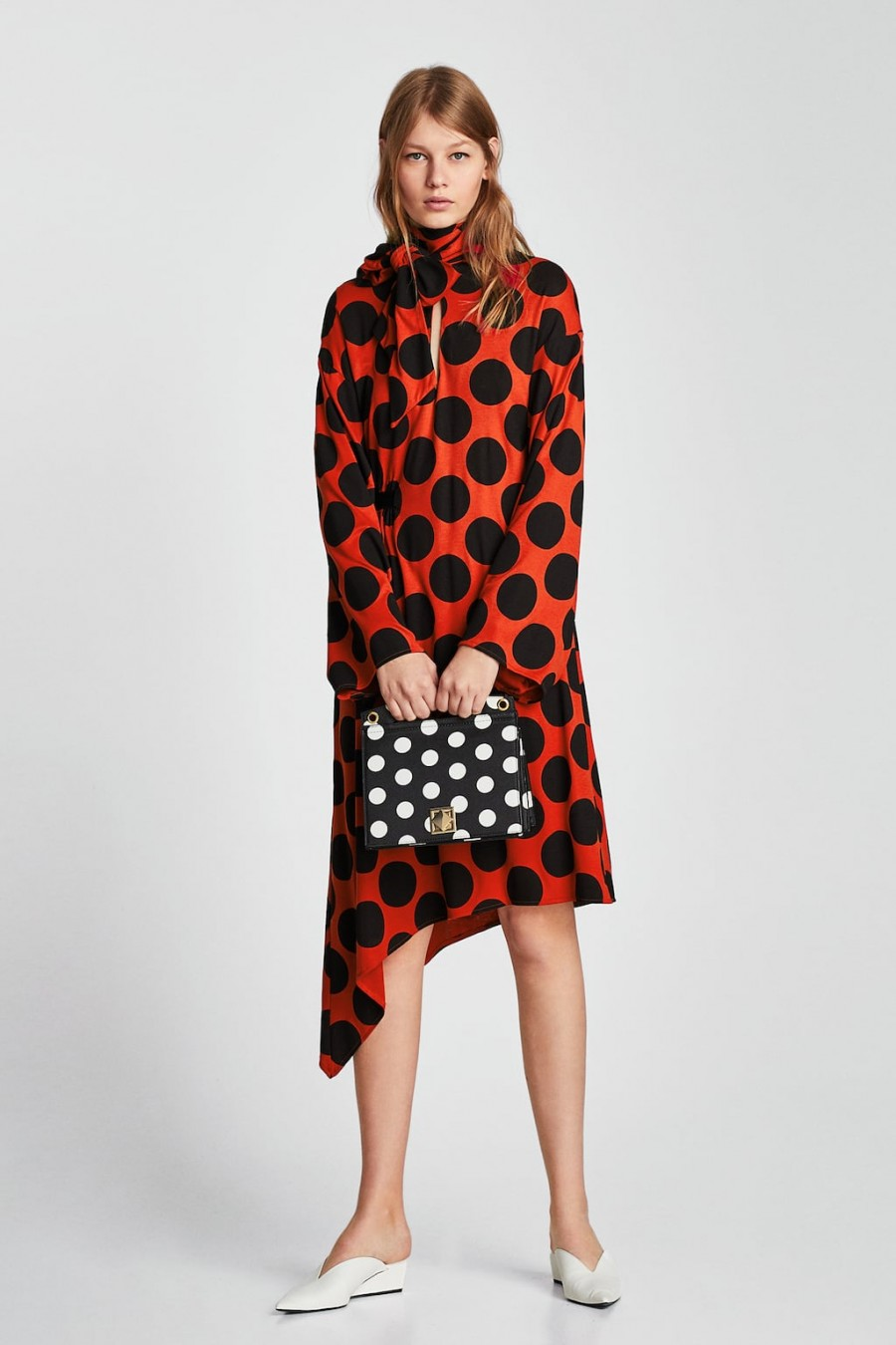zara POLKA DOT DRESS WITH BOW DETAILS 29.95 EUR 12.99 EUR