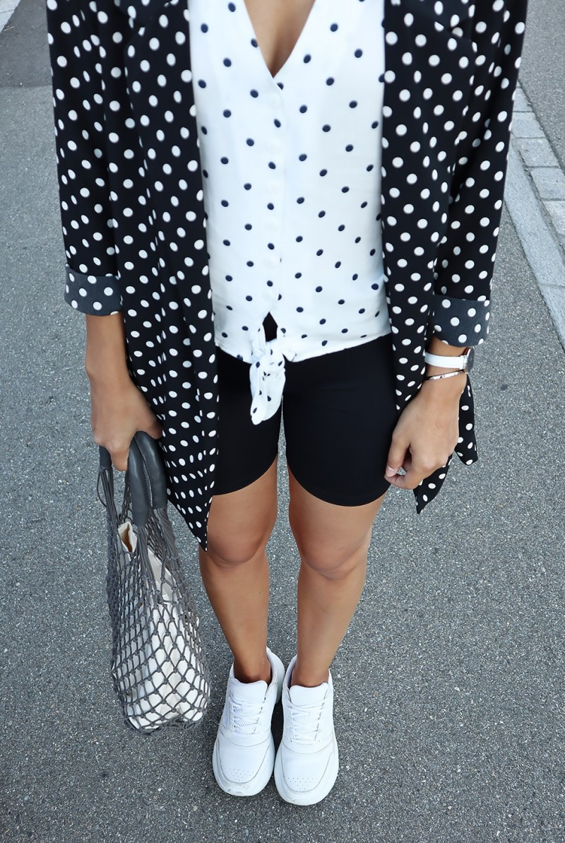 Dotted outfit x cyclong shorts 2