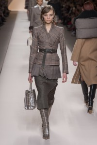 FALL 2018 READY-TO-WEAR Fendi