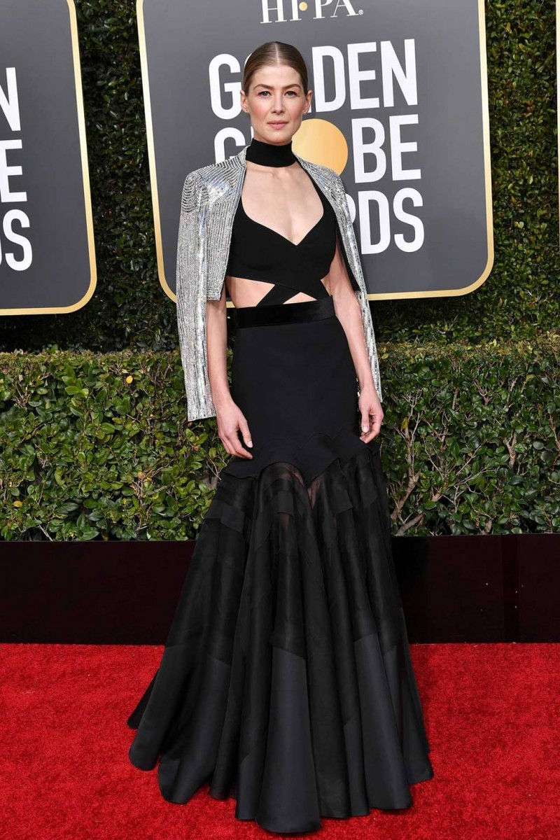 Rosamund Pike Wearing Givenchy Haute Couture
